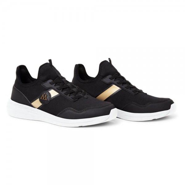 Breeze Sneaker